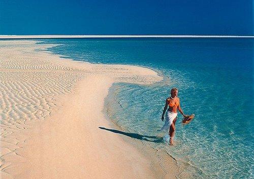 почему на море в песчаном