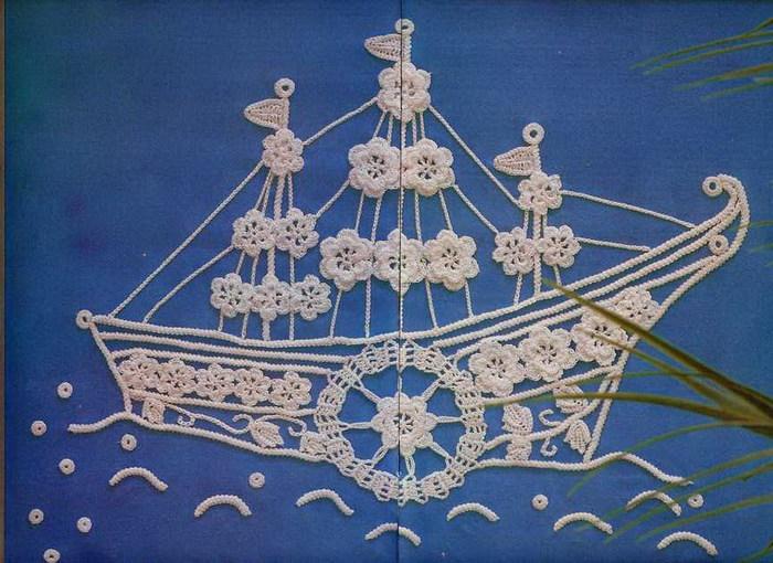 Рукоделие - вязание, вышивание, макраме, оригами.