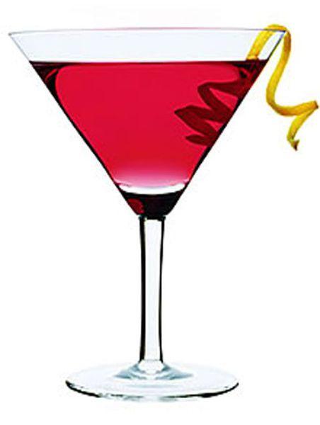 """Коктейль  """"Космополитен """" придумали в 1920-х годах бармены престижных..."""