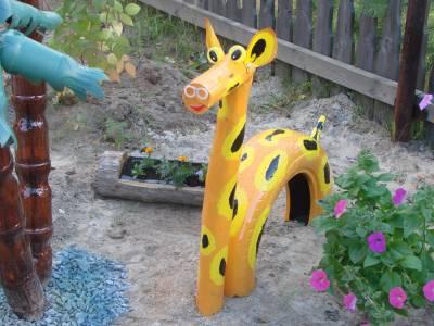 Мастера и мастерицы Катюшек,предлагаю собрать брошенные шины и сделать для детской площадки животных.