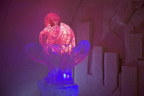 ice-hotel-spiderma_7 (600x401, 26Kb)
