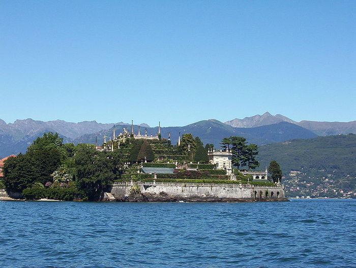 Дворец Борромео ( итал. Isola Bella - красивый остров ) 87146