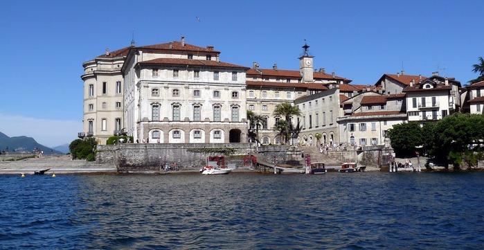 Дворец Борромео ( итал. Isola Bella - красивый остров ) 14359