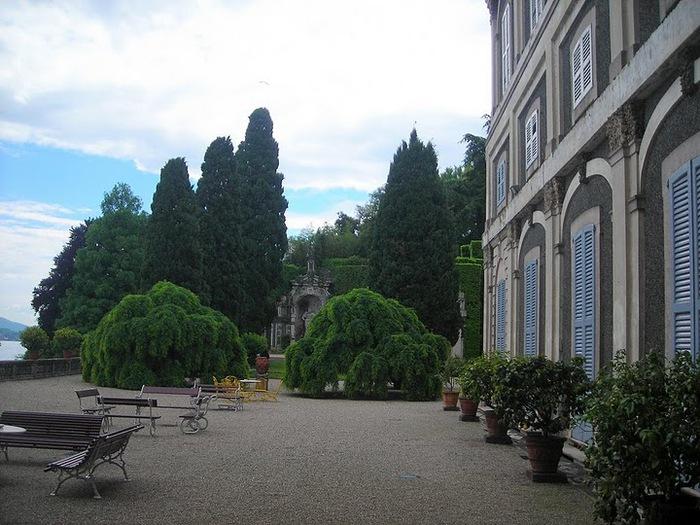 Дворец Борромео ( итал. Isola Bella - красивый остров ) 63320