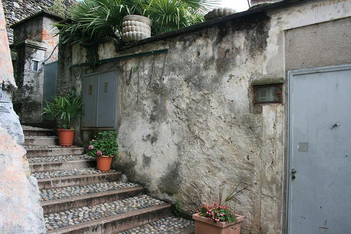 Дворец Борромео ( итал. Isola Bella - красивый остров ) 80116
