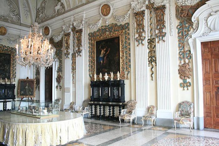 Дворец Борромео ( итал. Isola Bella - красивый остров ) 25183