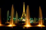 ������ Eiffel Tower at Night, Paris, France (700x466, 68Kb)