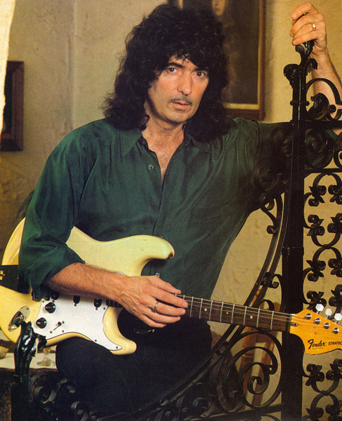 Ritchie Blackmore2 (487x600, 132Kb)