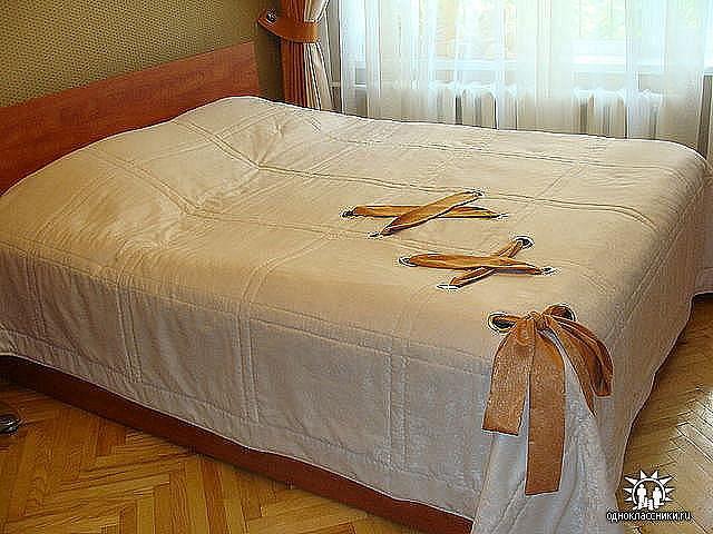 Покрывала на кровать в спальню своими руками фото