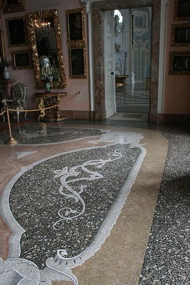Дворец Борромео ( итал. Isola Bella - красивый остров ) 42000