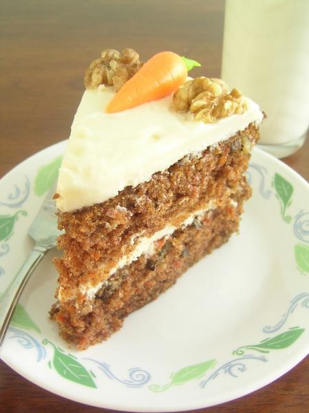 4278666_3304534515_f3fa6cfc35_Carrot_cake_slice_L (449x600, 191Kb)