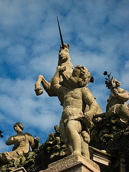 Дворец Борромео ( итал. Isola Bella - красивый остров ) 93454