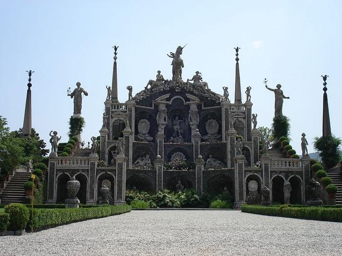 Дворец Борромео ( итал. Isola Bella - красивый остров ) 63043