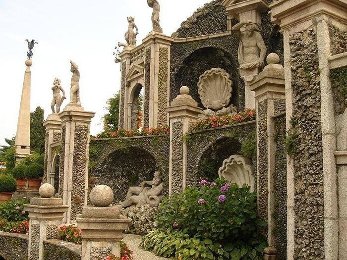 Дворец Борромео ( итал. Isola Bella - красивый остров ) 74397