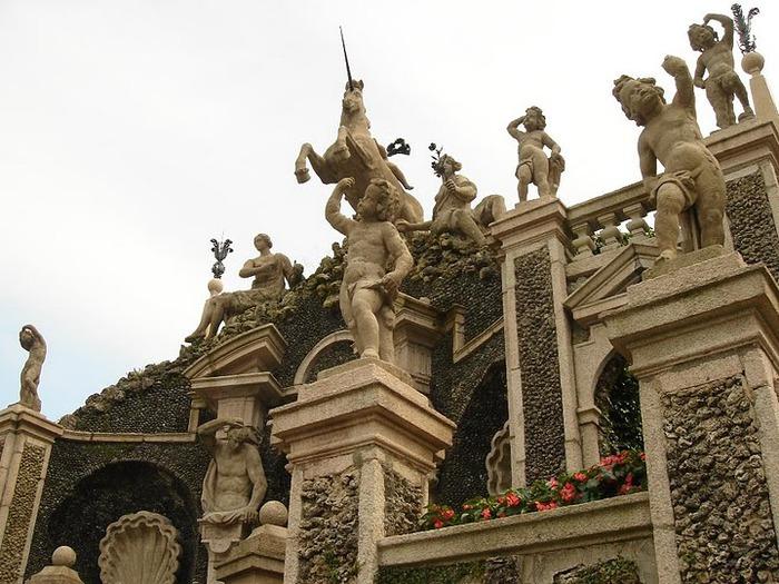 Дворец Борромео ( итал. Isola Bella - красивый остров ) 59497