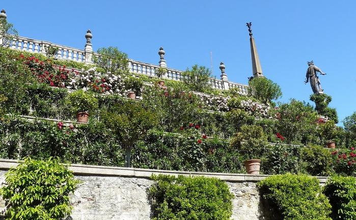Дворец Борромео ( итал. Isola Bella - красивый остров ) 79739