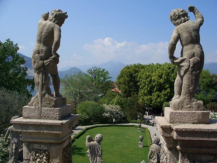 Дворец Борромео ( итал. Isola Bella - красивый остров ) 48089