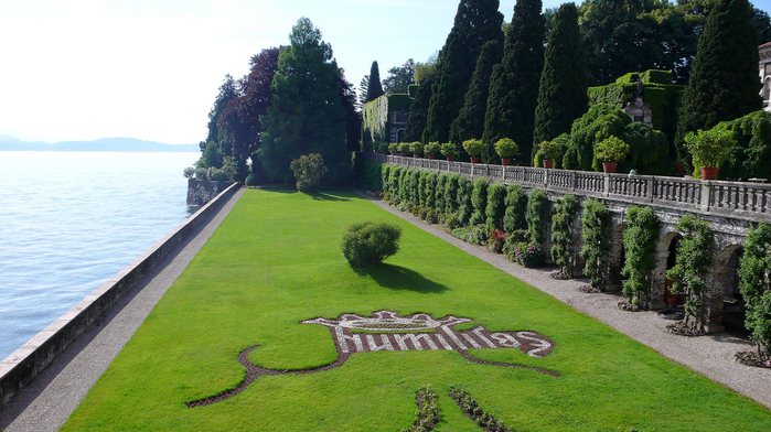Дворец Борромео ( итал. Isola Bella - красивый остров ) 65381