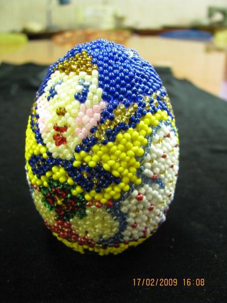 """Часть 15.  Бисерное яйцо  """"Матрёшка """".  Мастер-класс.  Фиалка.  Ожерелье из бисера в технике макраме."""