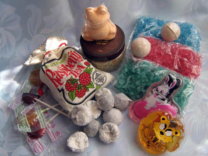 подарки, чай, сладости, релакс для ванной