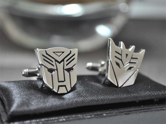 3676705_TRANSFORMERCUFFLINKS (575x430, 33Kb)
