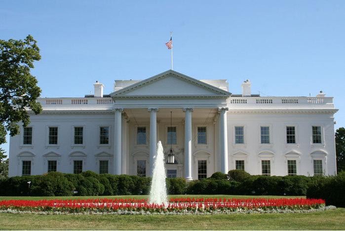 3869930_whitehouse_2_ (700x468, 78Kb)