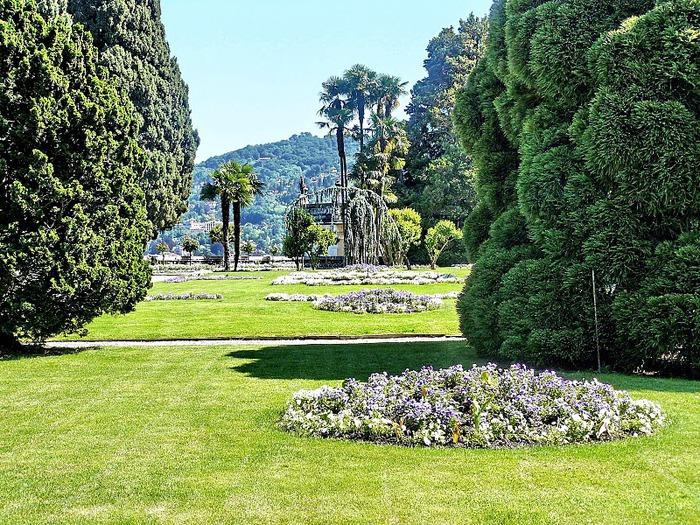 Дворец Борромео ( итал. Isola Bella - красивый остров ) 48313