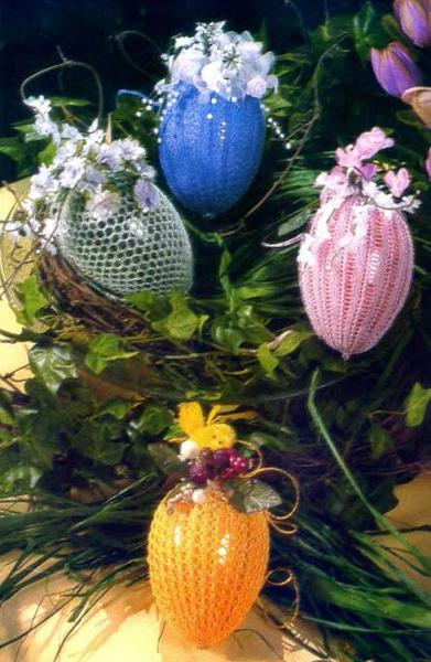 Готовимся к пасхе.  Различные схемы обвязки яйца.  Описание вязания.