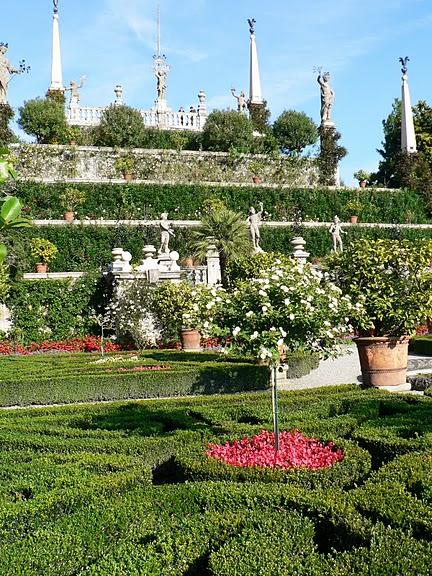 Дворец Борромео ( итал. Isola Bella - красивый остров ) 96954