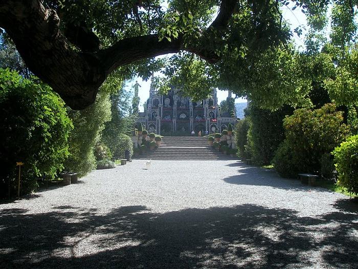 Дворец Борромео ( итал. Isola Bella - красивый остров ) 81389