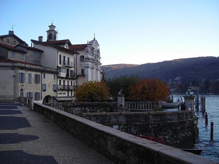 Дворец Борромео ( итал. Isola Bella - красивый остров ) 29362