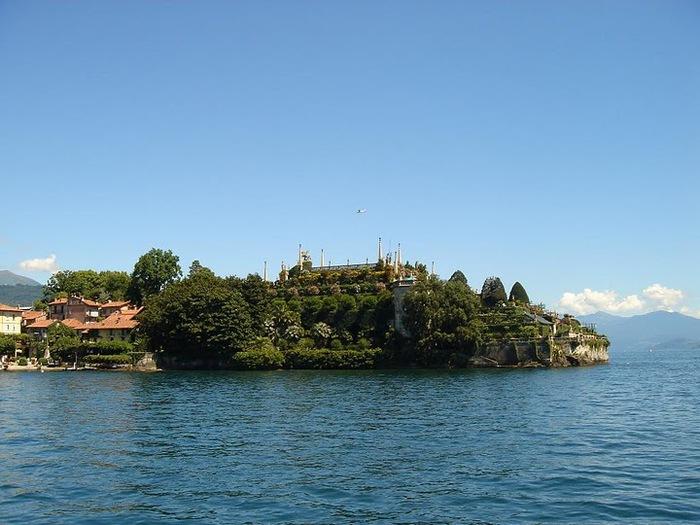 Дворец Борромео ( итал. Isola Bella - красивый остров ) 53348