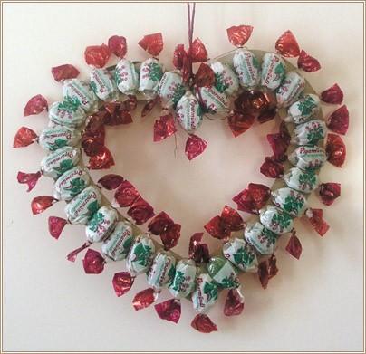 Валентинка - сердечко из конфет/3825906_00079 (404x391, 29Kb)