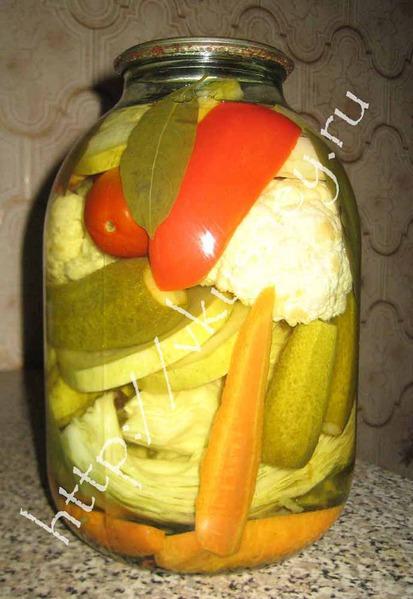 кабачки маринованные с капустой