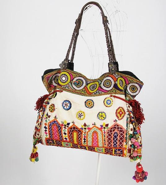 Vintage Textile Tribal Fabric Women Shoulder Bag 1 (536x600, 92Kb)