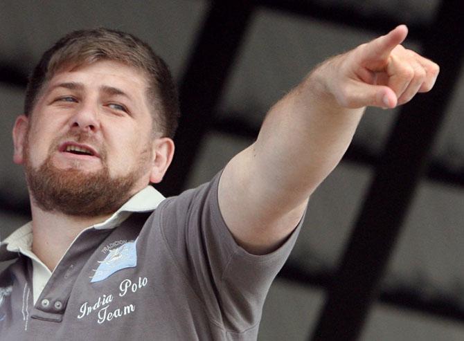 Парад геев в Москве. В Чечне арабского наемника сдали сообщники.