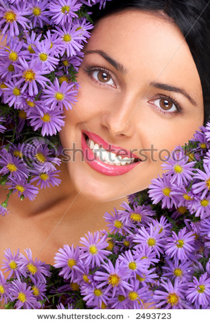 stock-photo-happy-young-smiling-woman-with-bunches-of-flowers-2493723 (306x470, 91Kb)