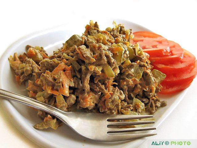 Салат из печени свиной и моркови рецепт