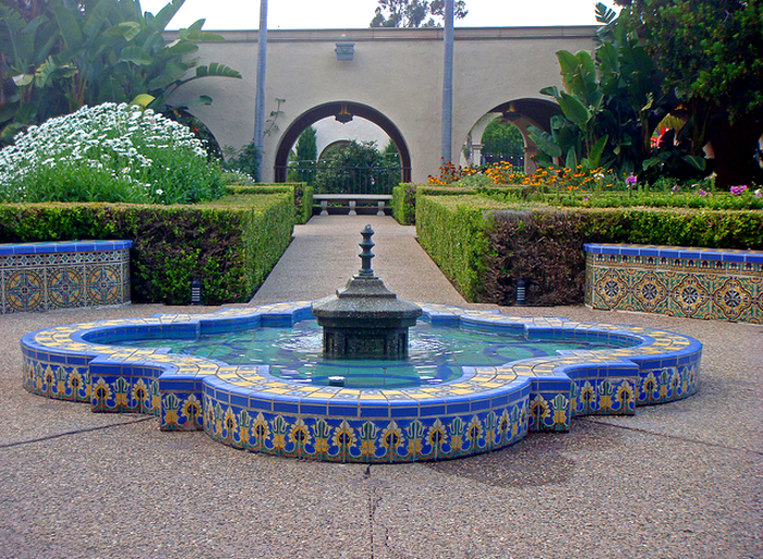 26n Balboa Park - NRHP-77000331, SDHL-1 - Alcazar Garden (E)  Flickr - Photo Sharing! (700x513, 937Kb)