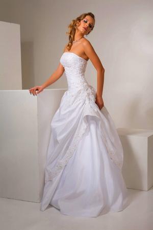 Рисунки платьев свадебных для детей