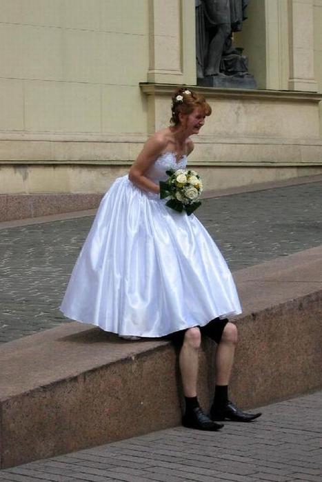 1247470860_odd_weddings_11 (467x700, 198Kb)