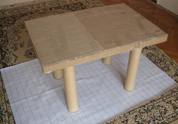 Стол большой_03 (700x486, 174Kb)