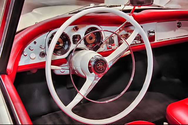 autounion-coupe-inside (640x427, 75Kb)