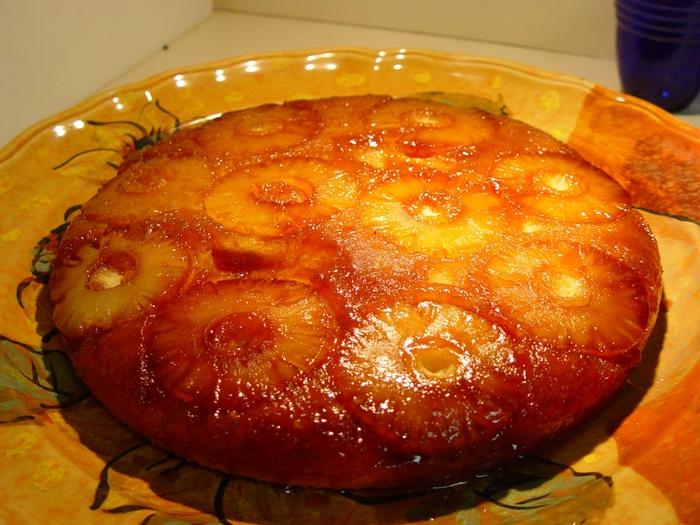 4278666_2481301040_4aef8411a2_pineapple_upside_down_cake_O (700x525, 324Kb)