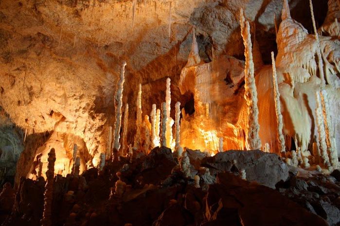 Медведь Пещера в селе Chiscau - Румыния - Bears' Cave, Chiscau, Romania, 56989