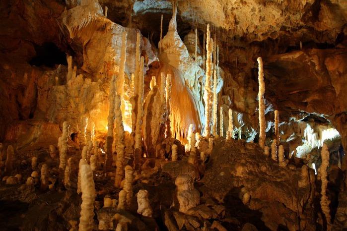 Медведь Пещера в селе Chiscau - Румыния - Bears' Cave, Chiscau, Romania, 35331