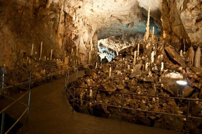 Медведь Пещера в селе Chiscau - Румыния - Bears' Cave, Chiscau, Romania, 83435