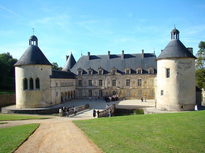 Замок Бюсси-Рабютен - Шато де Бюсси-ле-Гран 38074