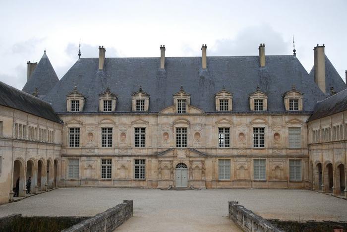 Замок Бюсси-Рабютен - Шато де Бюсси-ле-Гран 52583