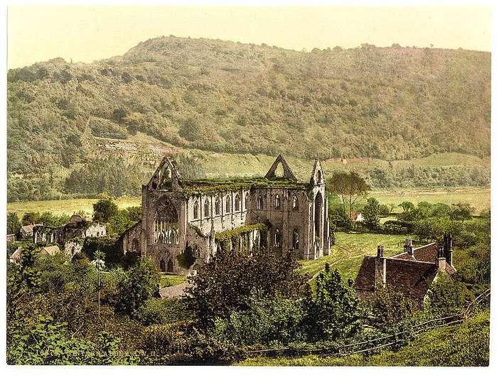02223-Abbey-S--W---II---Tintern--England (700x528, 95Kb)